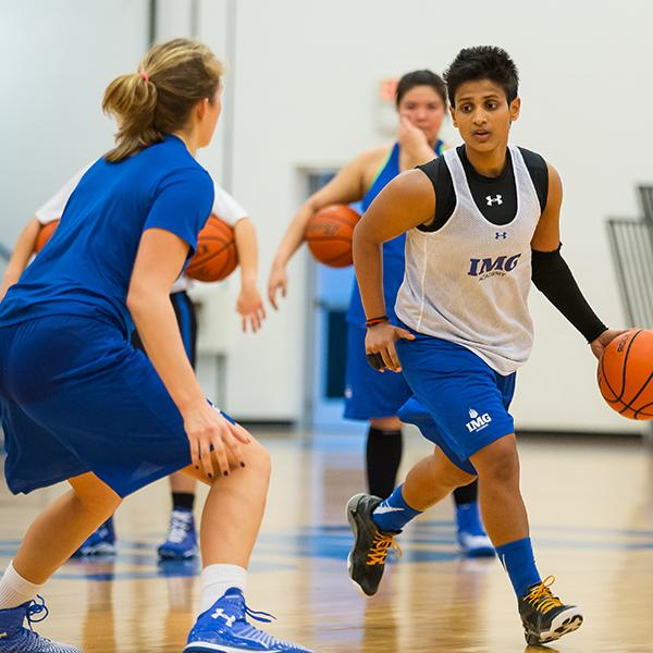 Position-Specific Basketball Training at IMG