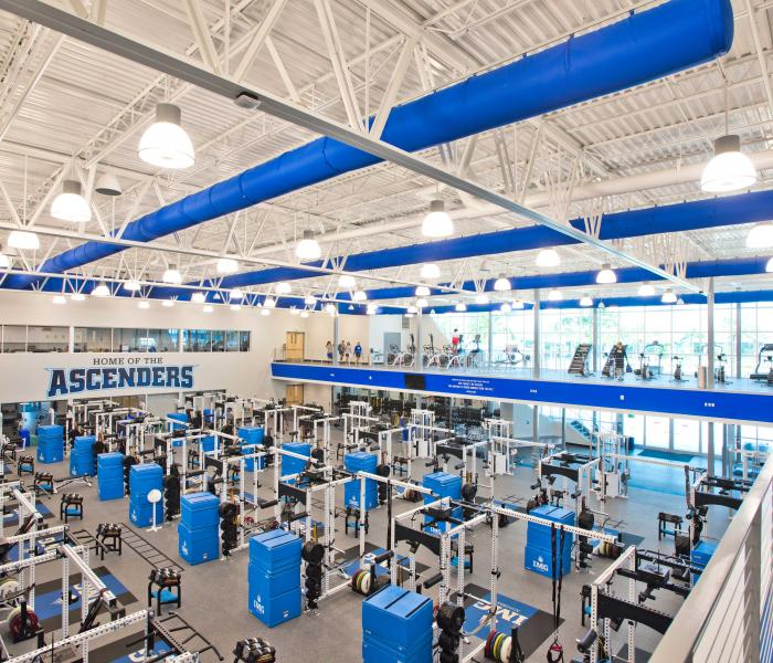 Img: IMG Academy Football Camps Offer Elite Football Instruction